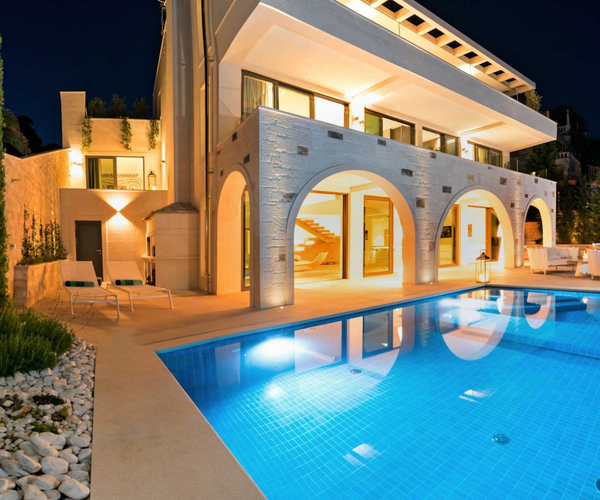 Luxury five stars pool villa Brac