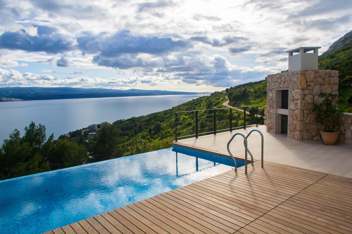 Luxury villa with infinity pool and panoramic sea view near Omis
