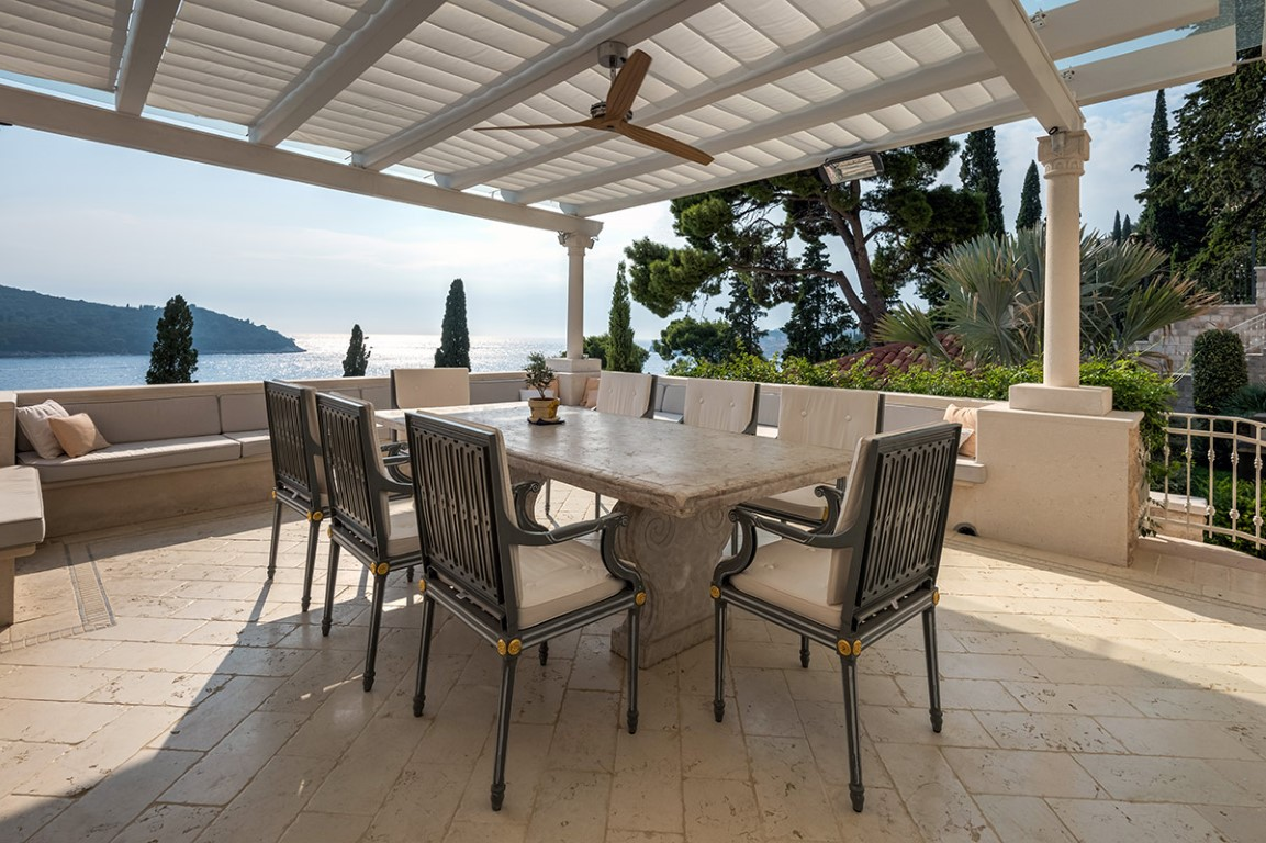 Luxury villa with private beach Dubrovnik