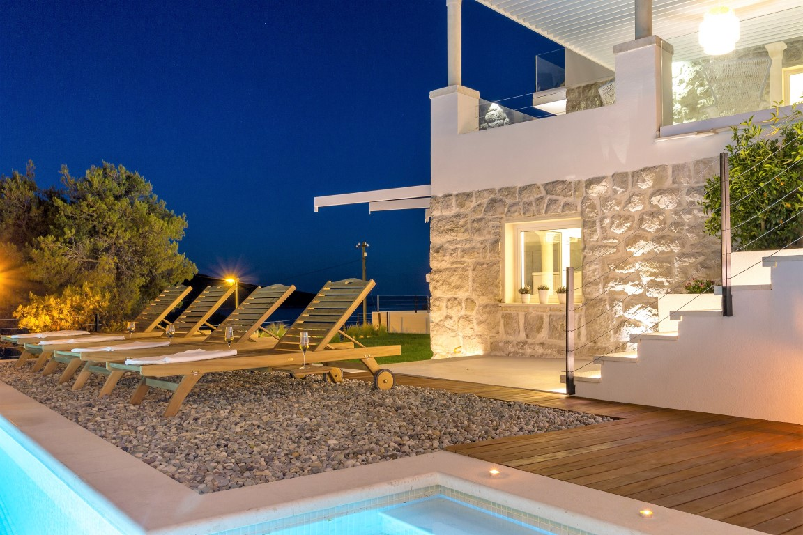 Luxury villa with pool and sea view Primosten