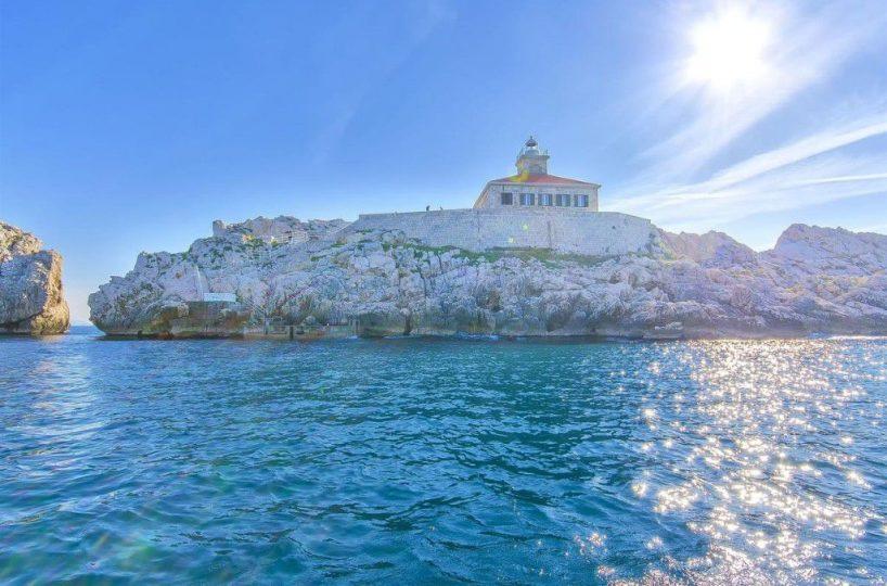 Lighthouse Dubrovnik - Luxurious pool villa on a lighthouse near Dubrovnik