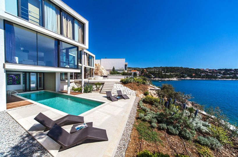 uxury sea front villa with pool and private beach in Primosten, Sibenik